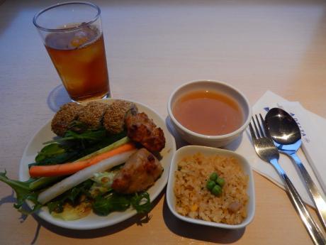 シンガポール2017.1成田空港・デルタスカイクラブ