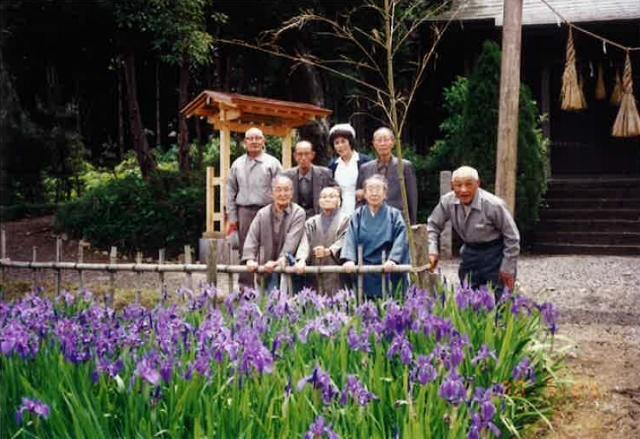 神社写真 (640x439)