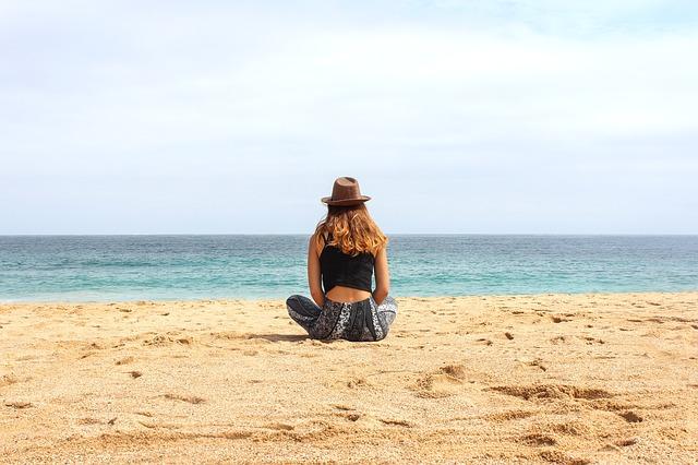 beach-1599762_640.jpg