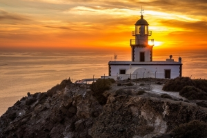 santorini-akrotiri-lighthouse-1938723_960_720.jpg