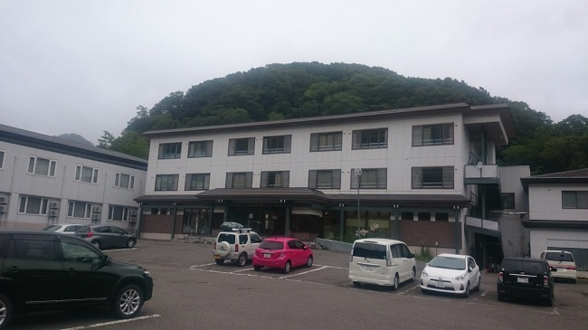 ホテル峰の湯 駐車場