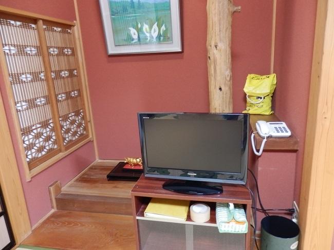 北原荘 部屋 テレビ