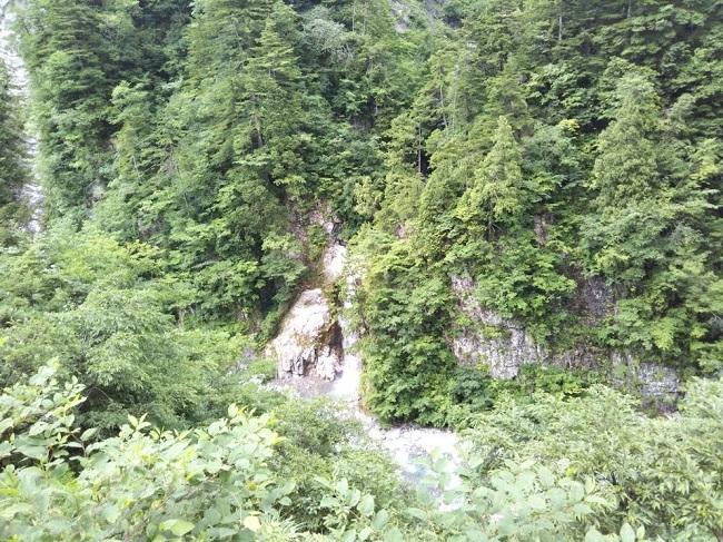 白山白川郷ホワイトロード 赤石の滝