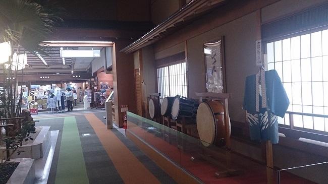 金波荘 館内 調度品と売店