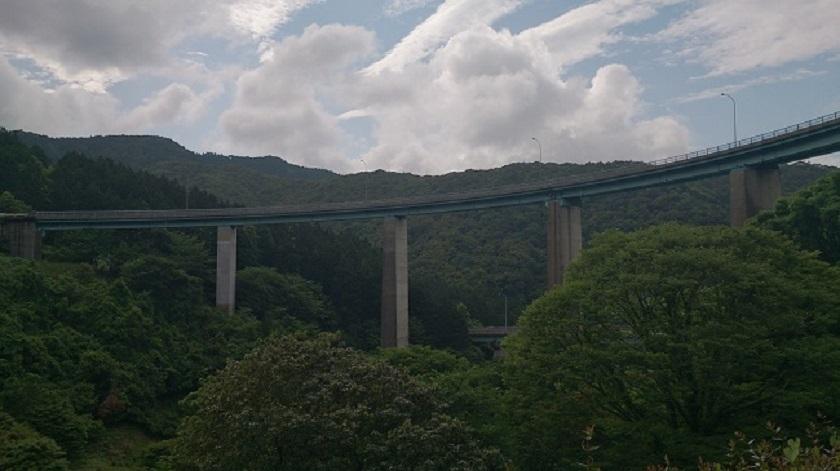人吉ループ橋2