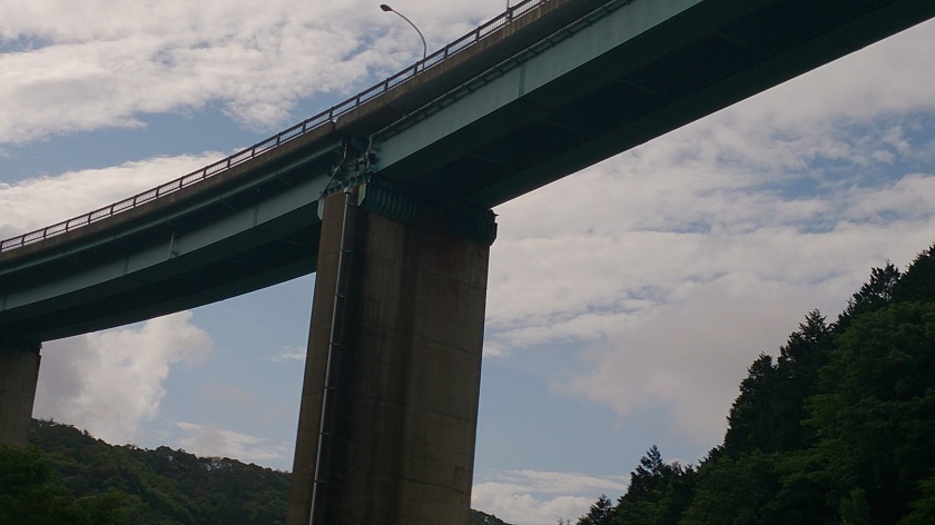 人吉ループ橋3