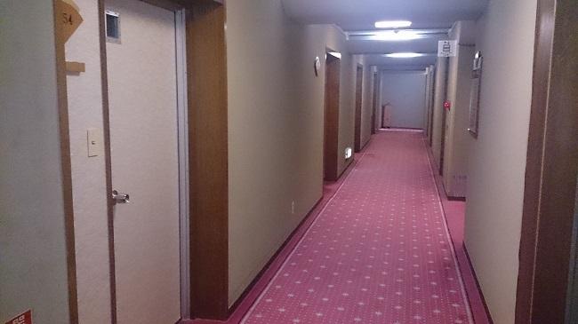 金波荘 廊下