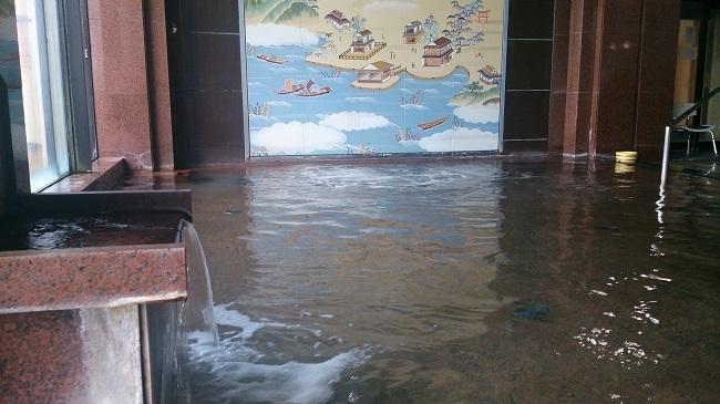 金波荘 大浴場 浴槽2