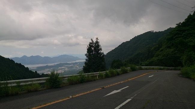 極楽寺山温泉への道