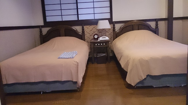 柚富の郷 彩岳館 和洋室 ツインベッド