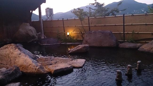 彩岳館 大浴場 露天風呂1