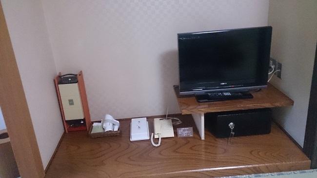 ホテル峰の湯 和室 備品