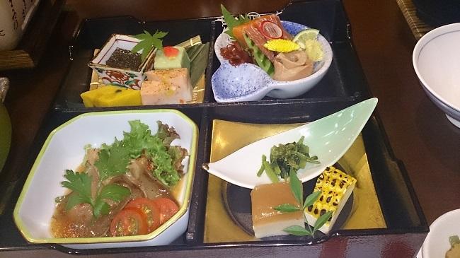 ホテルグランド天空 夕食料理1