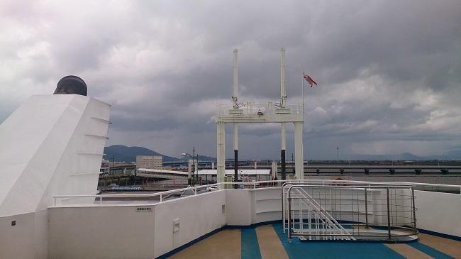 オーシャンアロー号 甲板
