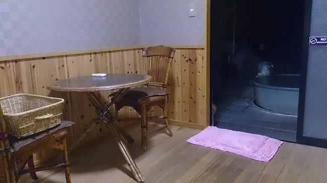 和の宿夢月 貸切風呂 脱衣所