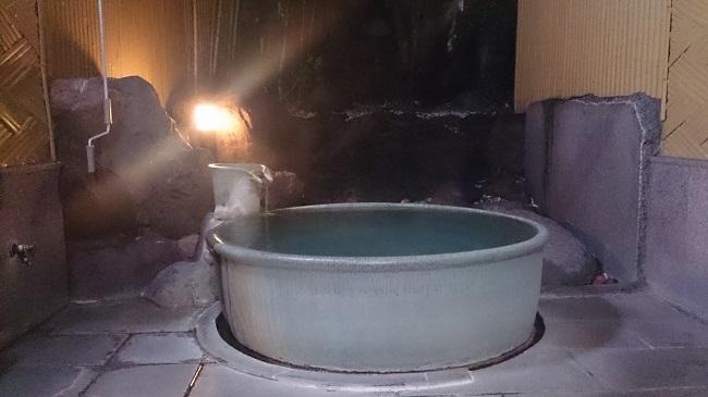 和の宿夢月 貸切風呂 陶器風呂