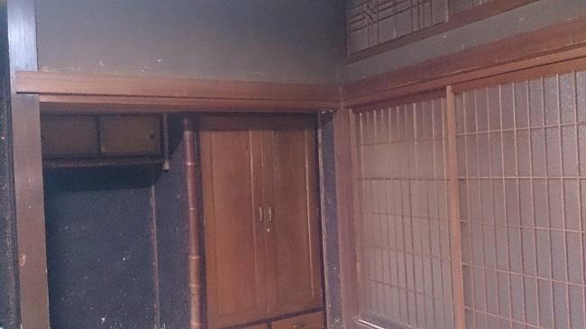 芳野旅館 和室 壁2