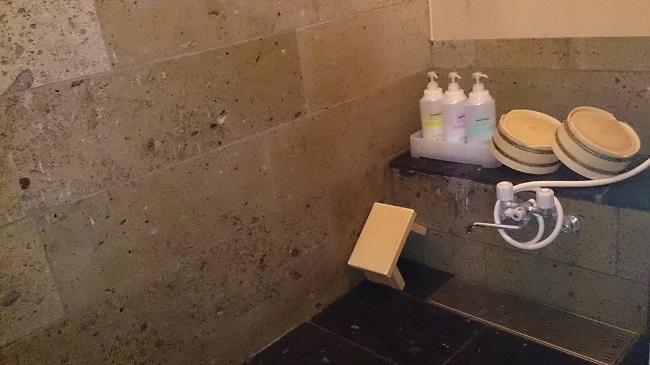 離れの宿白木 シャワー室