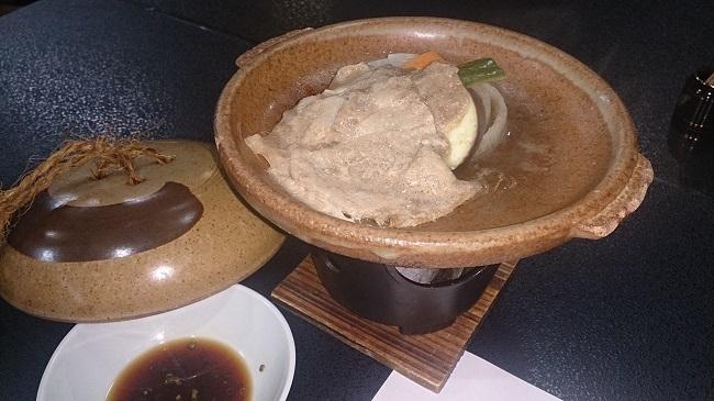 芳野旅館 夕食料理 豚の陶板焼き