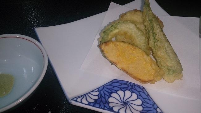 芳野旅館 夕食料理 野菜天ぷら