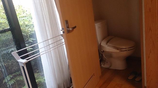 神の郷温泉 和室 トイレ