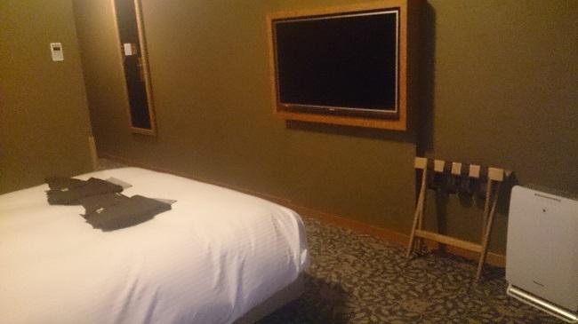 JR九州ホテル ブラッサム大分 部屋 壁付けテレビ