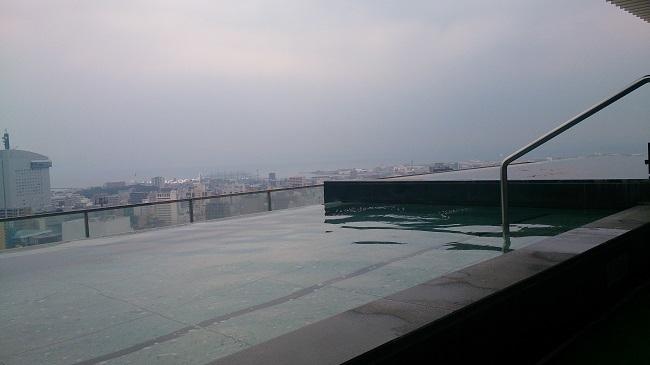 JR九州ホテル ブラッサム大分 天空露天風呂1
