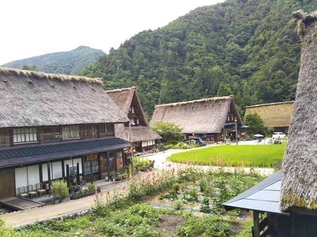 五箇山菅沼集落2
