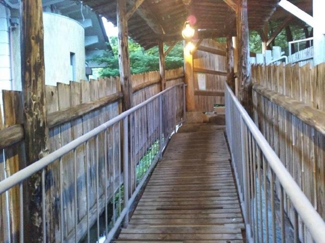 北原荘 大浴場 露天風呂への廊下