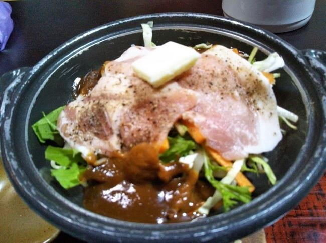 北原荘 夕食 陶板焼き1