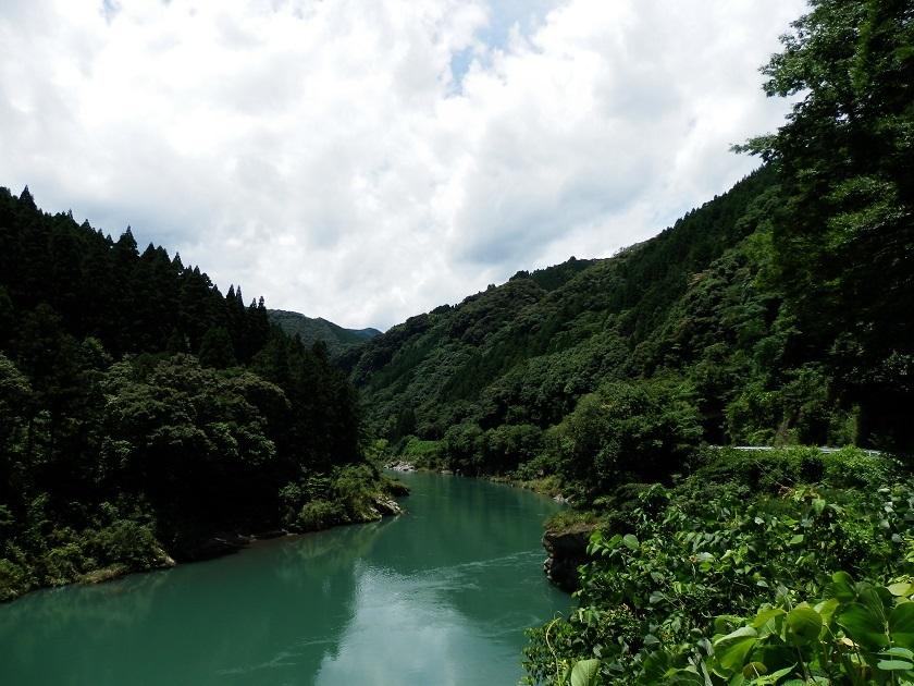 五ヶ瀬川沿い1