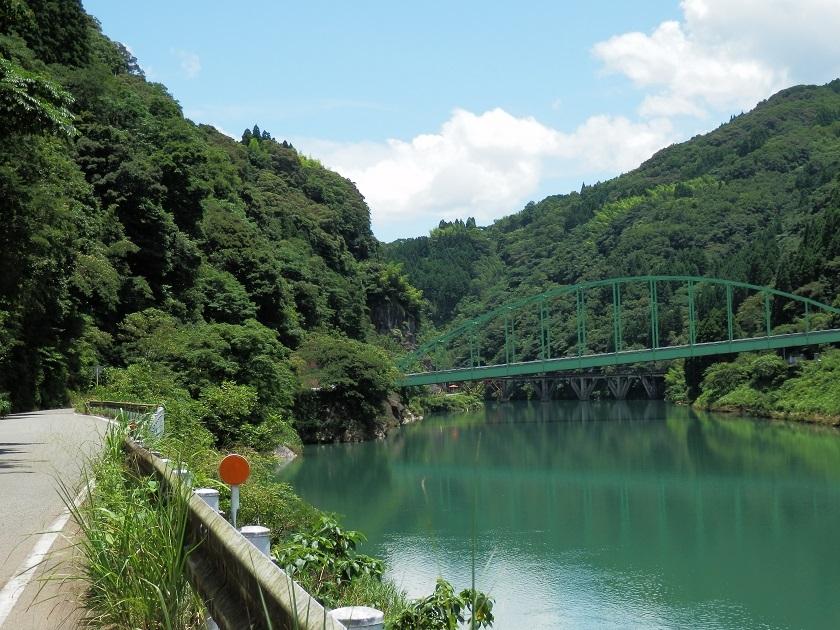五ヶ瀬川沿い2