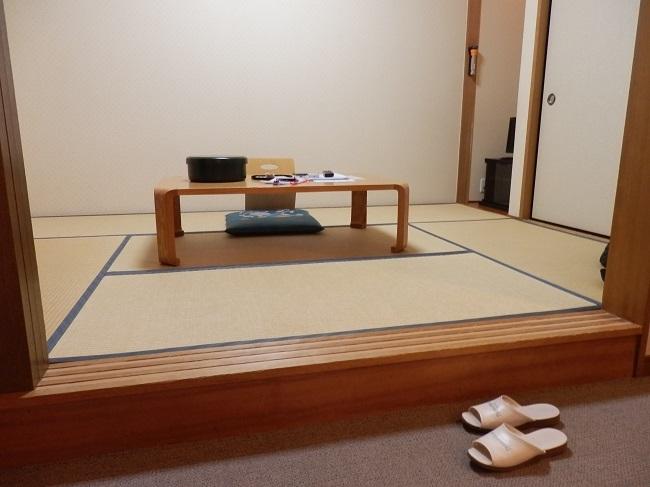 極楽寺山温泉 和洋室 和室スペース