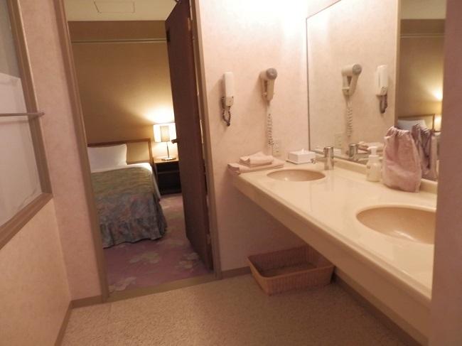 作州武蔵温泉 部屋 洗面台