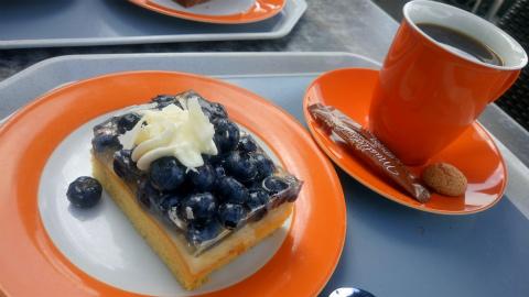 ブルーベリーケーキ