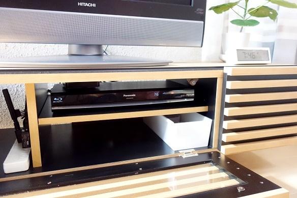テレビボード収納