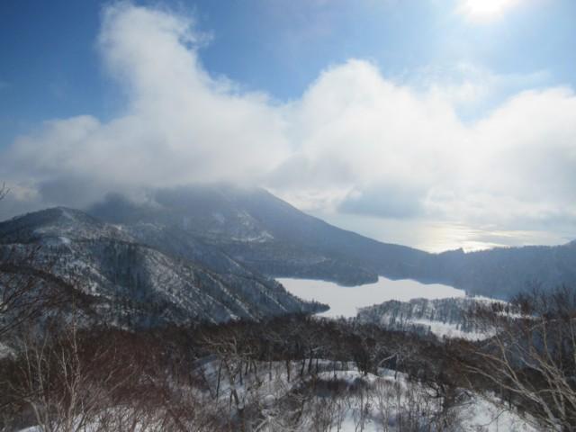 1月8日 雲被ってるのが恵庭岳