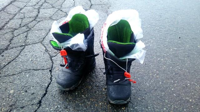 4月15日 ブーツは防水仕様