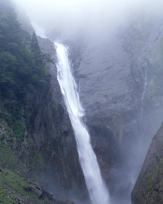 称名の滝02
