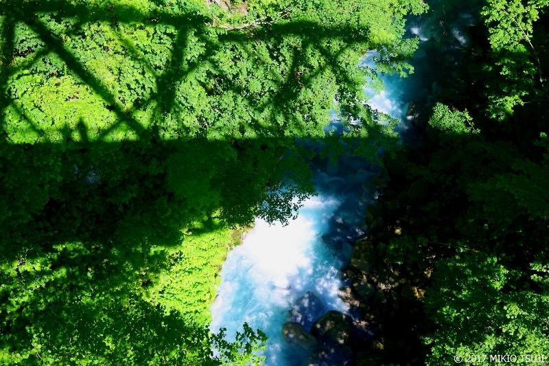 絶景探しの旅 - 0281 ブルーリバーに架かる橋 (北海道 美瑛町)