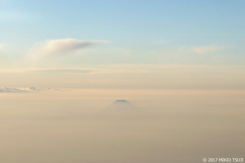 絶景探しの旅 - 0337 ふんわりシルクのベールに包まれた富士山 (静岡県上空)