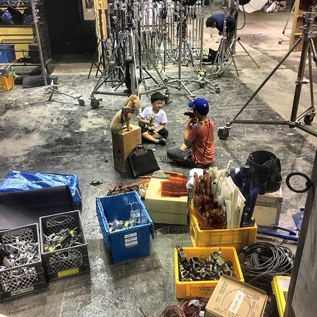 20170726-2202-スタジオセット セッティング中