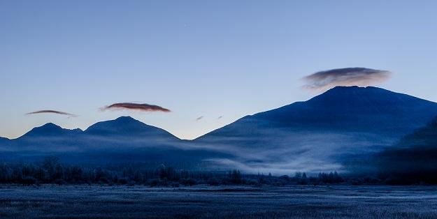 日光連山にクラゲ雲現る