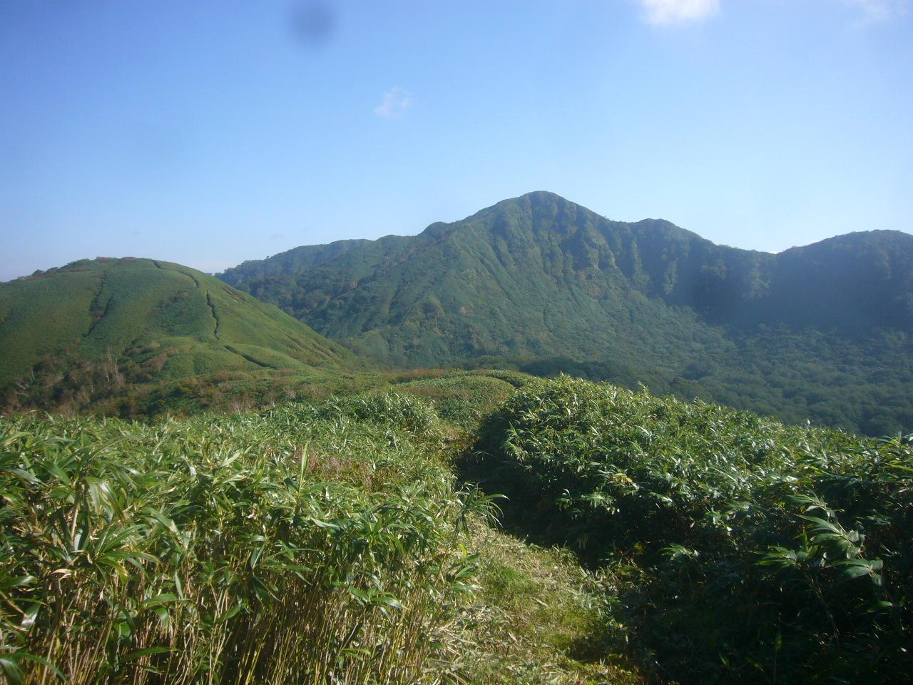 釈氏ヶ岳から中岳、経ヶ岳 H27.9.24