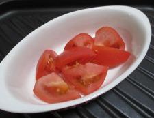 トマトとブロッコリーのオイマヨチーズ 調理②