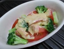 トマトとブロッコリーのオイマヨチーズ 調理④