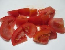 トマトとブロッコリーのオイマヨチーズ 調理①