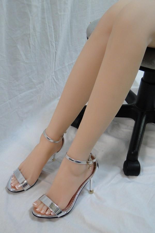 Both feet_06