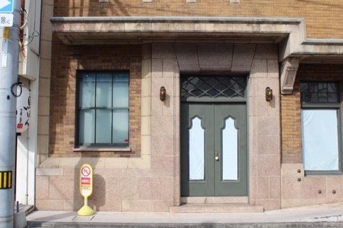 0259:旧高原ビル 北側の扉