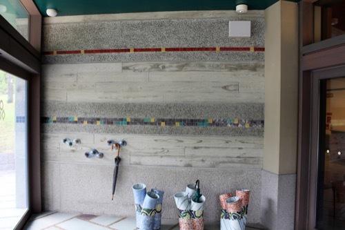 0263:石川県九谷焼美術館 風除室の壁